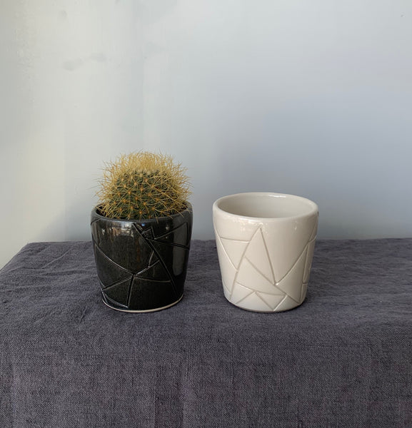 Short Geometric planter