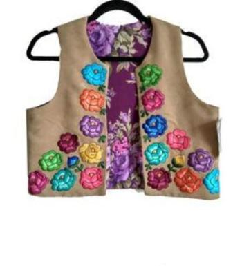 Mexican Embroidered   vest Lolkina Kahlos House Mexican Boutique   www.kahloshouse.com