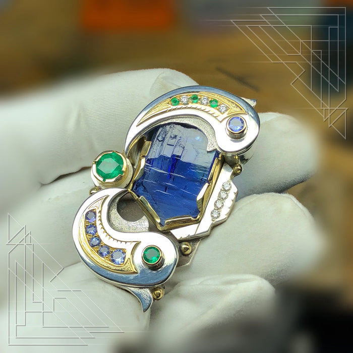 Tanzanite, emerald and diamond talisman