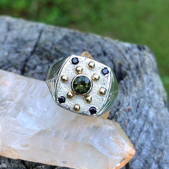 Moldavite and black spinel ring