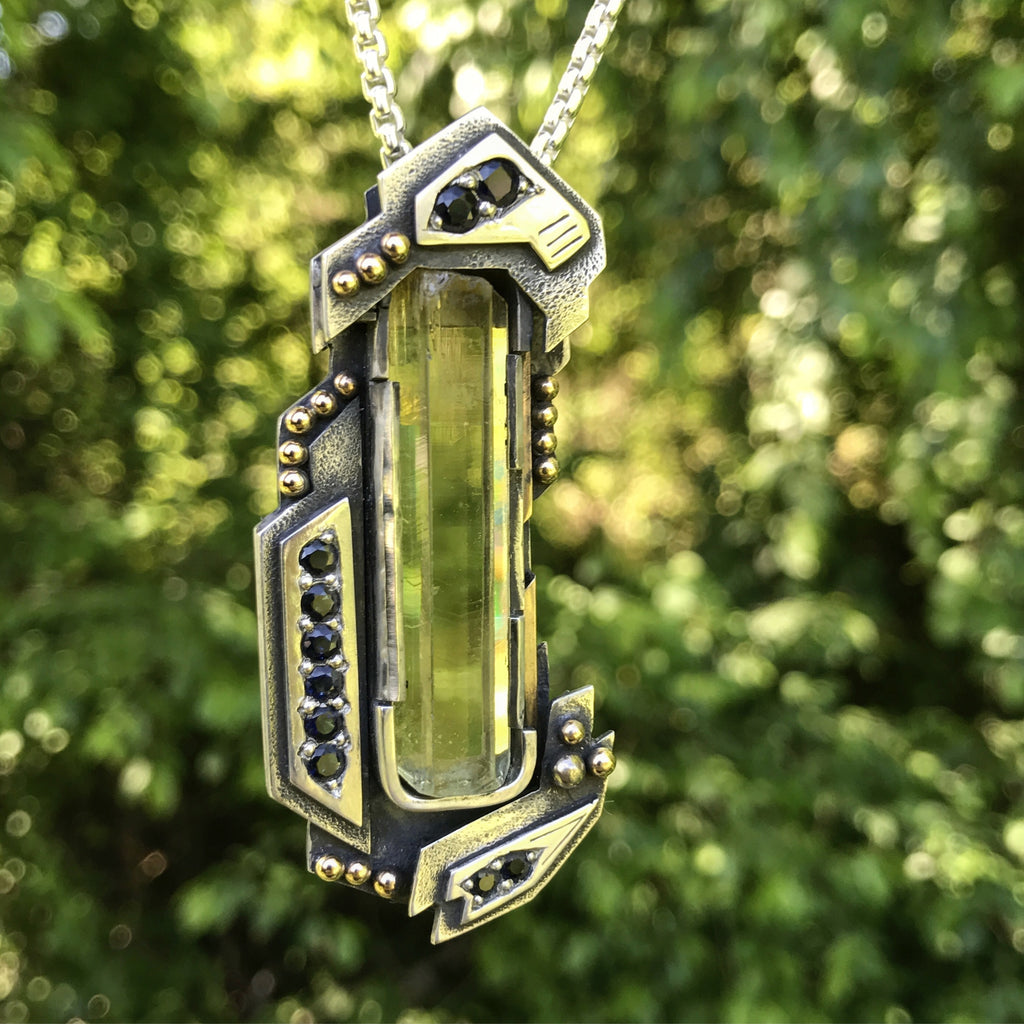 Heliodor and sapphire pendant