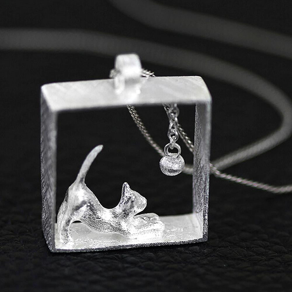 925 Sterling Silver Playful Cat Pendant Necklace