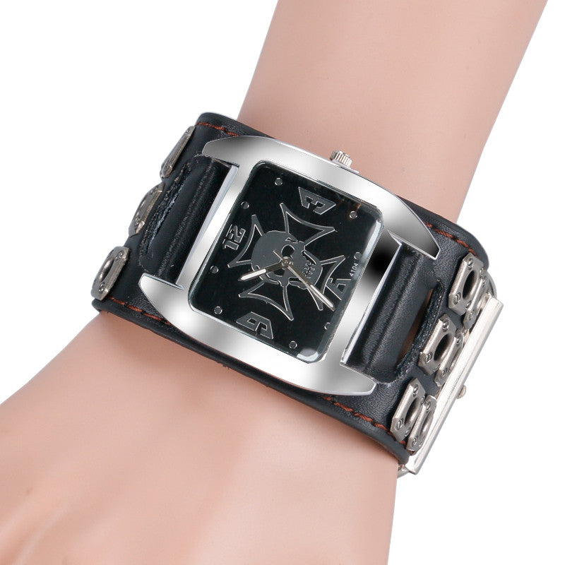 Punk Skull Modern Rock Bracelet Watch