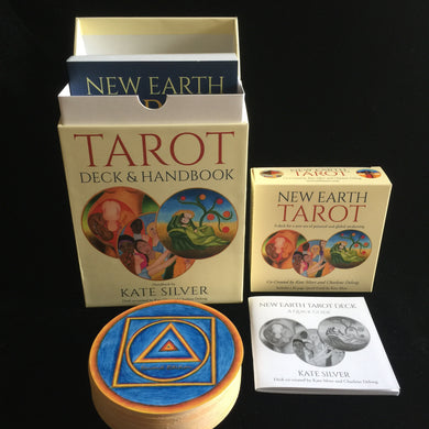 New Earth Tarot, Second Edition, Boxed Set with Deck and Book