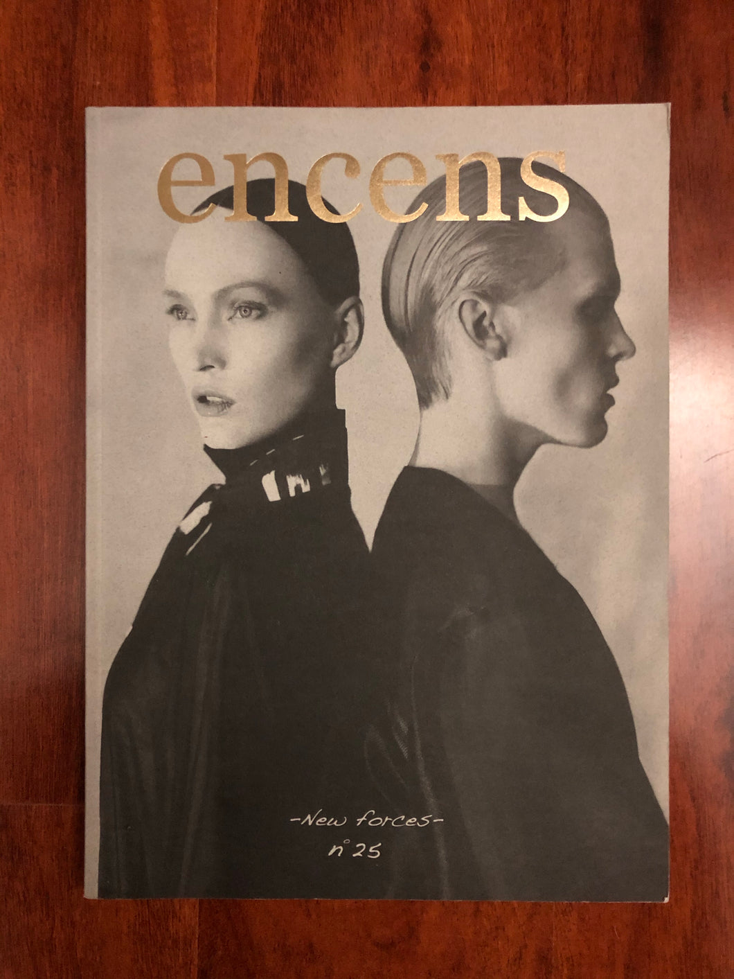 Encens no.25 spring/summer 2010 French Text