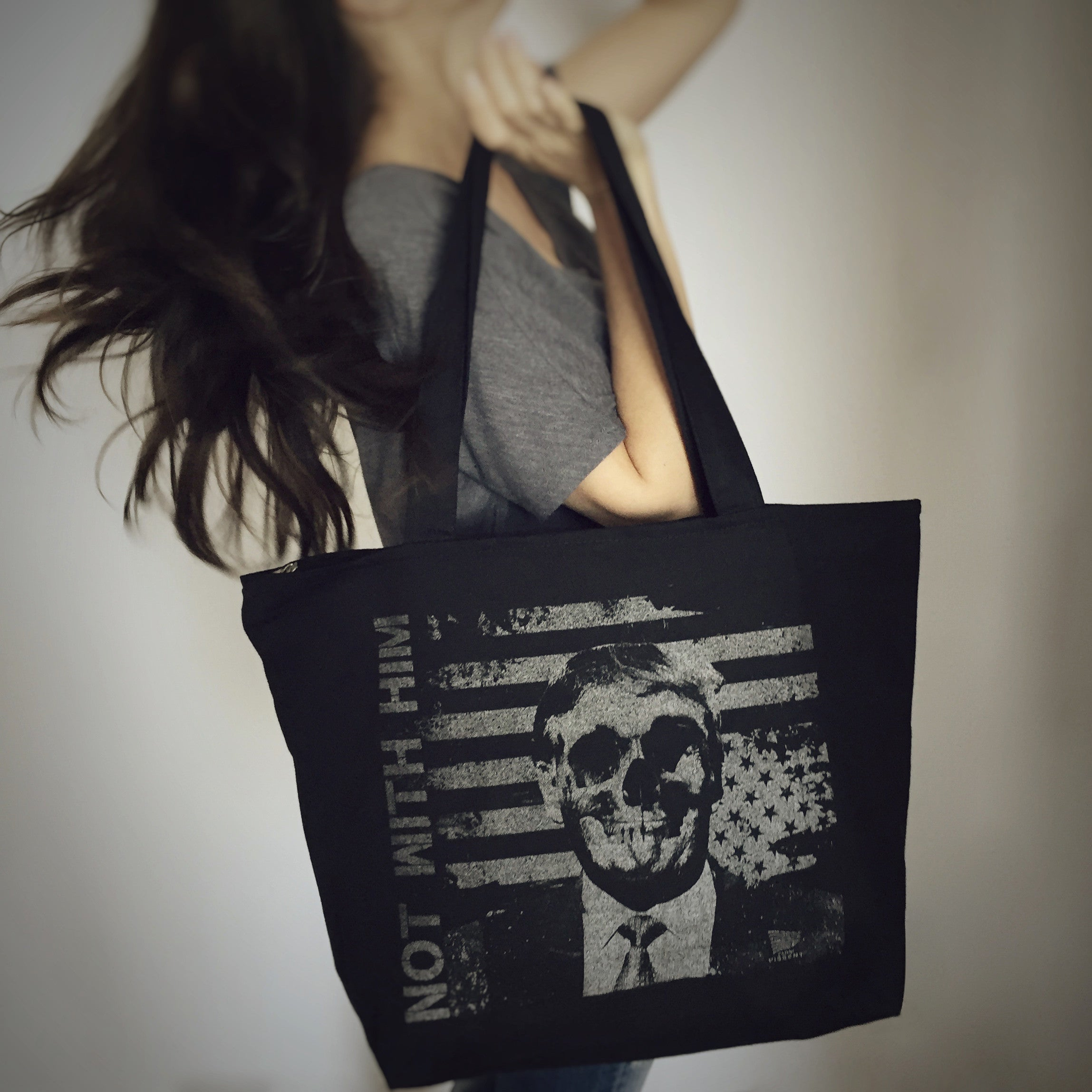 NWH-Skull Large Zippered Tote