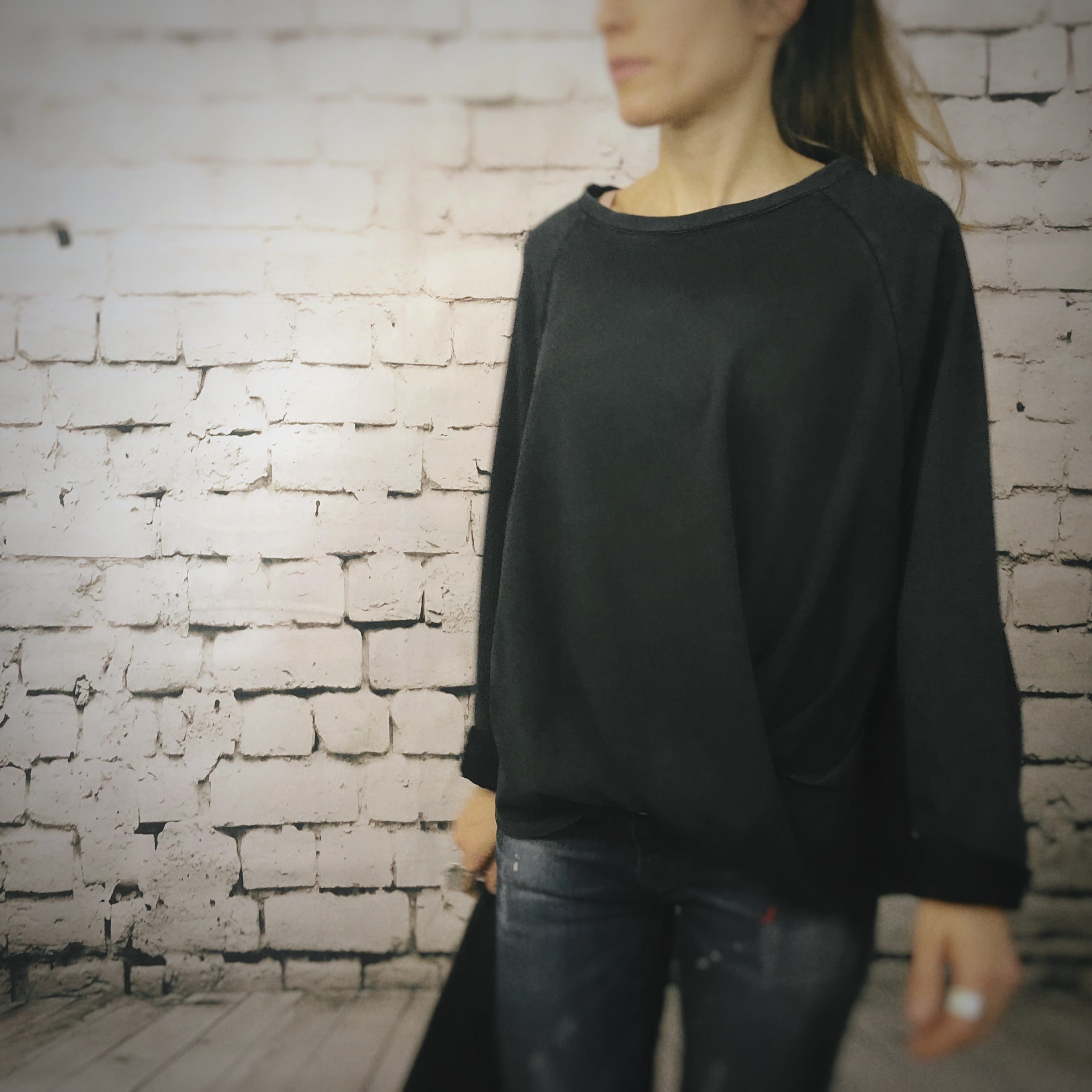 Front Twist Pleated Shirt