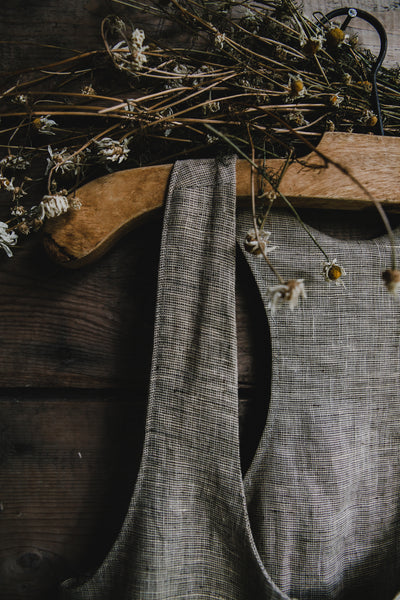 SAMPLE // mable linen dress in Marrow