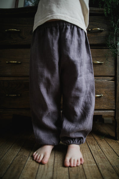 """We frolic"" child's linen pant"