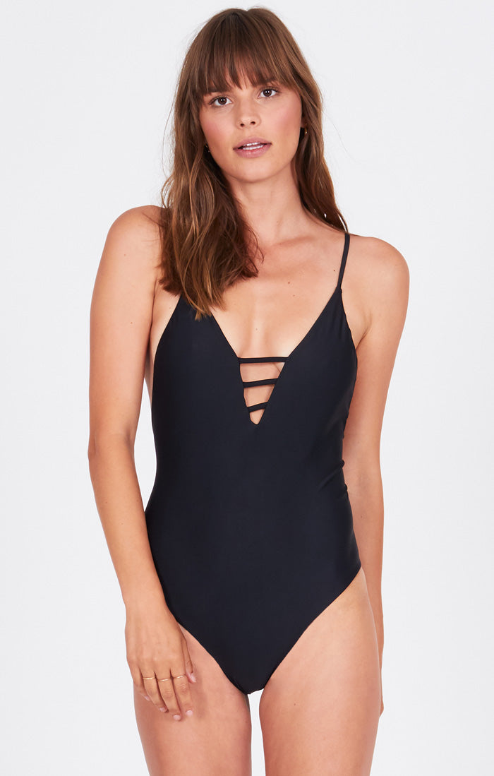 ORIANA ONE PIECE