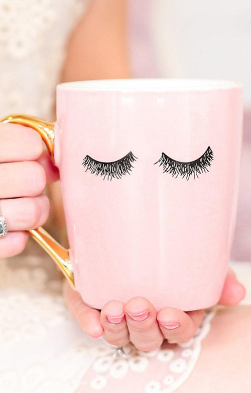 PINK EYELASHES GOLD MUG