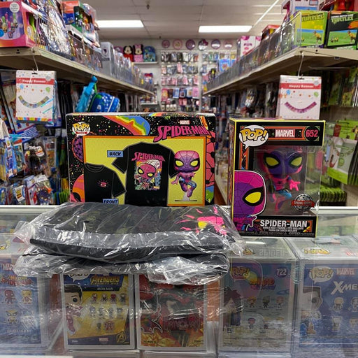 Authentic Spider-Man (Black Light) Funko Pop & T-shirt Funko Pop Target Exclusive with (SPECIAL EDITION) Sticker! Size MEDIUM