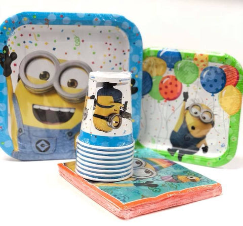 Minions Combo Party Express Pack for 8 Guests (Cups Napkins & Plates)