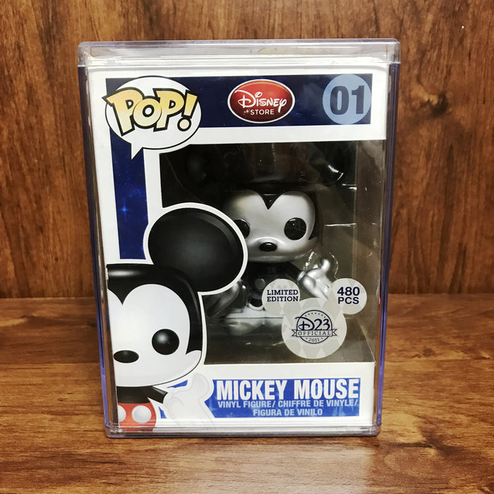Pop Disney D23 2011 Exclusive : Mickey Mouse Metallic 01 Vinyl Figure