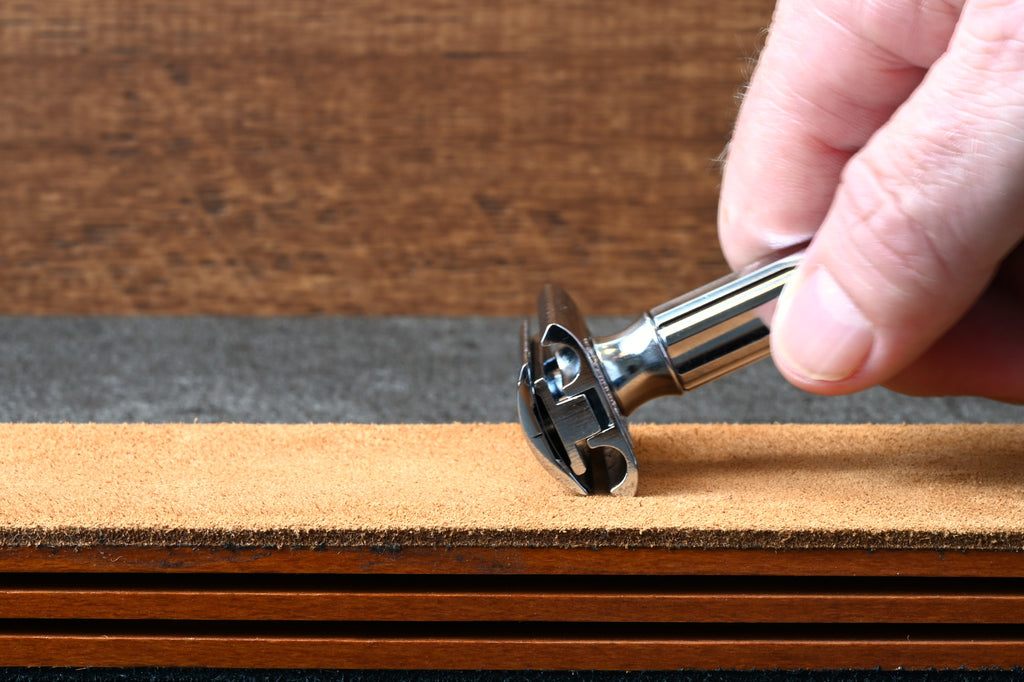 how to strop a safety razor blade