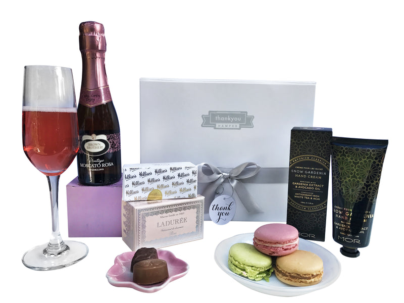 Women's pretty in pink gift hamper - Photo 1