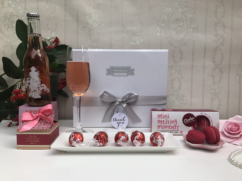 Little miss red gift hamper - Photo 2