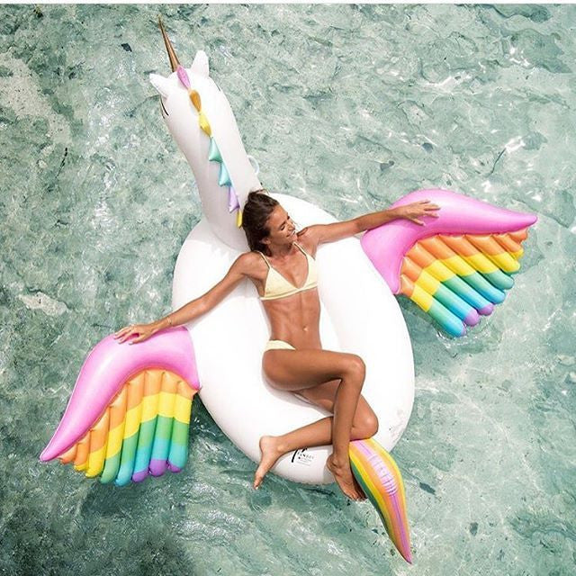 Rainbow Pegasus Float - Beachyfloat