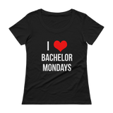 I love Bachelor Mondays - Women's T-Shirt
