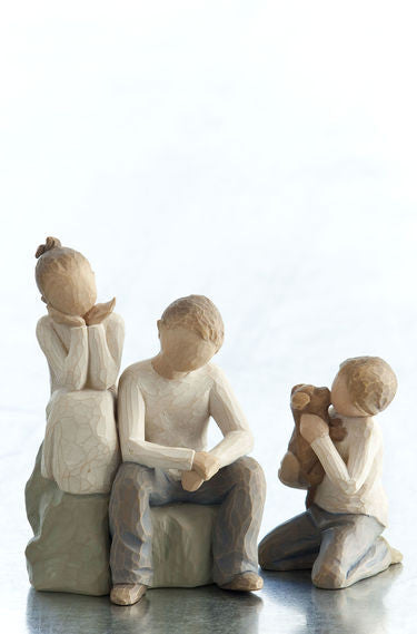 Three Siblings, 1 Girl 2 Boys -	Willow Tree Figurines – The Shabby Shed