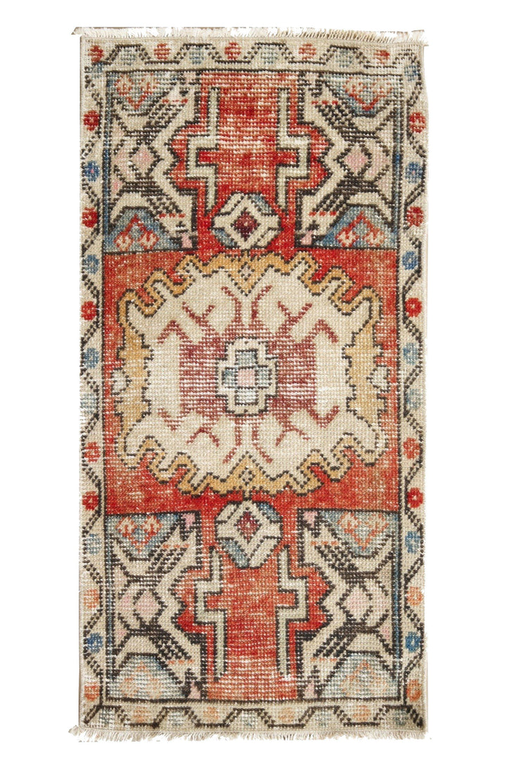 "Petite Vintage Rug No. 226 - 1'6"" x 3'2"" - Canary Lane - Curated Textiles"