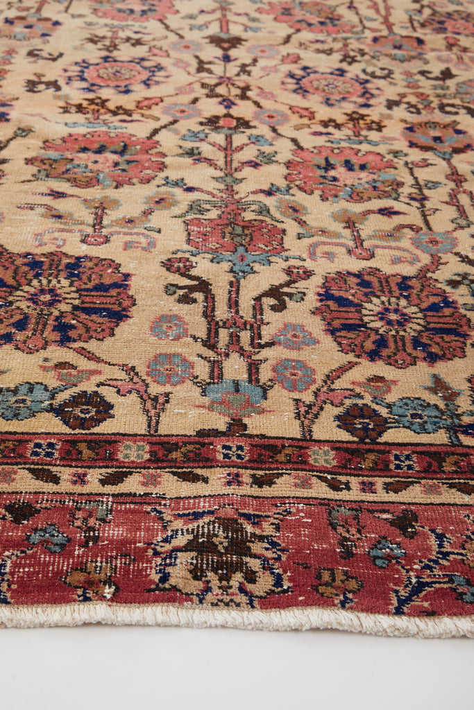 "'Coral' Turkish Vintage Area Rug - 6'8"" x 9'8"" - Canary Lane - Curated Textiles"