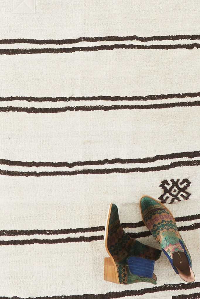 "'Birch' Turkish Vintage Runner - 2'7"" x 9'4"" - Canary Lane - Curated Textiles"