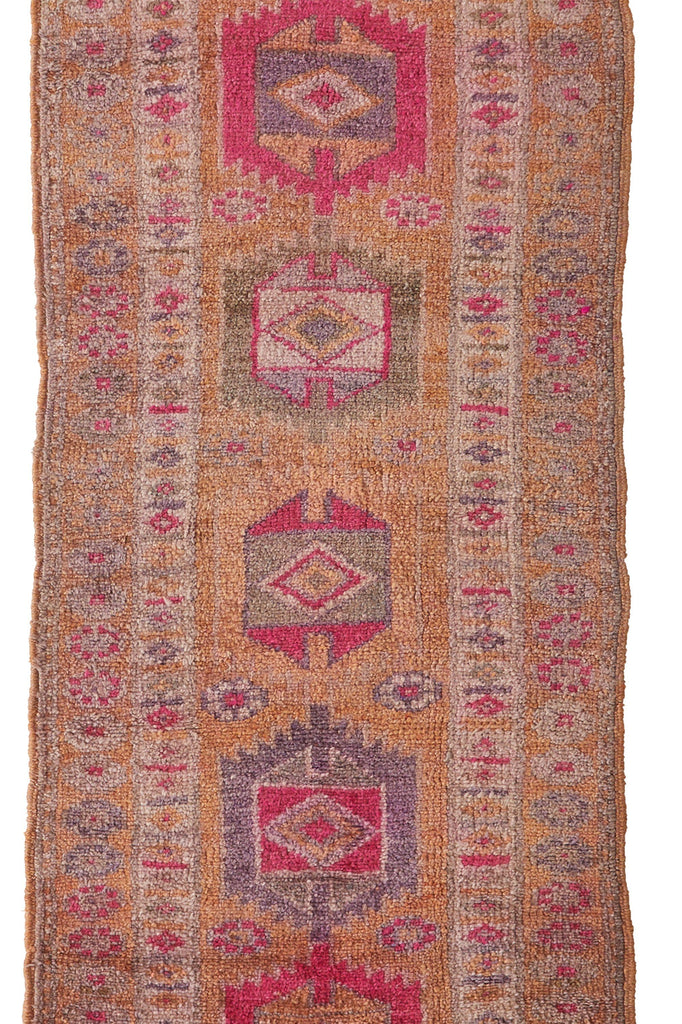 'Sadie' Turkish Vintage Rug - 2'8'' x 13'6'' - Canary Lane - Curated Textiles
