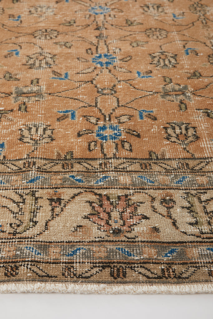 "'Marmalade' Turkish Vintage Area Rug - 6'8"" x 10'4"""