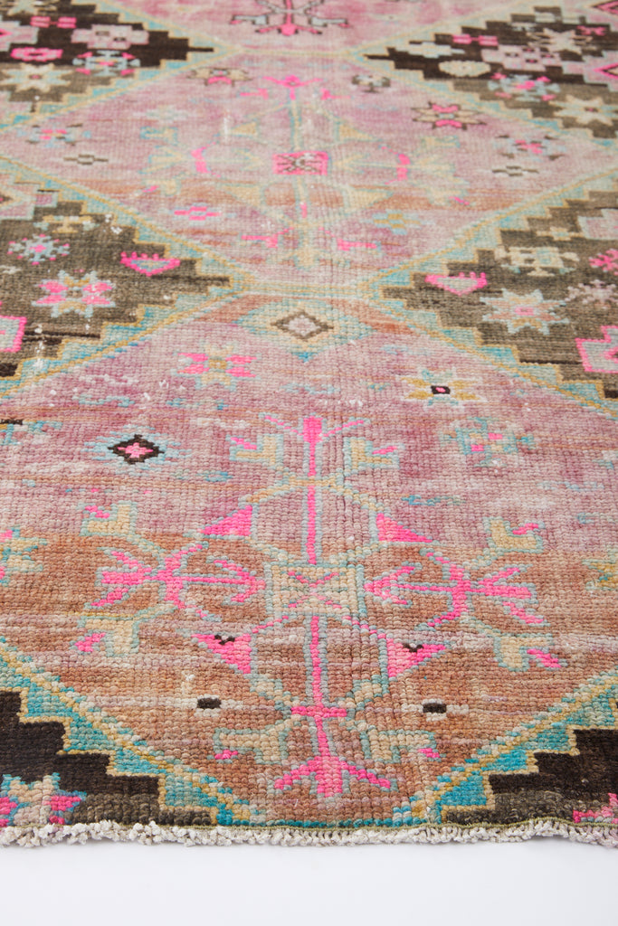 'Prairie' Turkish Vintage Runner Rug - 3' x 7'11'' - Canary Lane - Curated Textiles