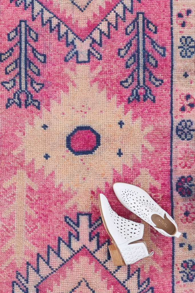 'Flamingo' Vintage Turkish Runner - 2'9'' x 10'8''