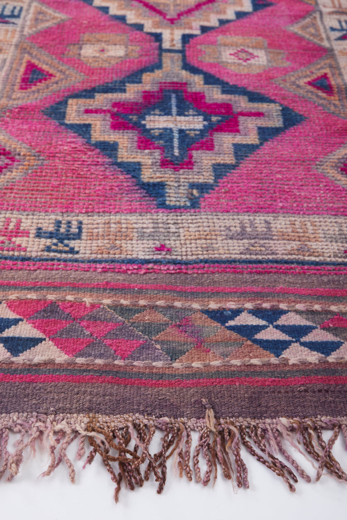 'Daphne' Turkish Vintage Rug - 2'10'' x 10' - Canary Lane - Curated Textiles