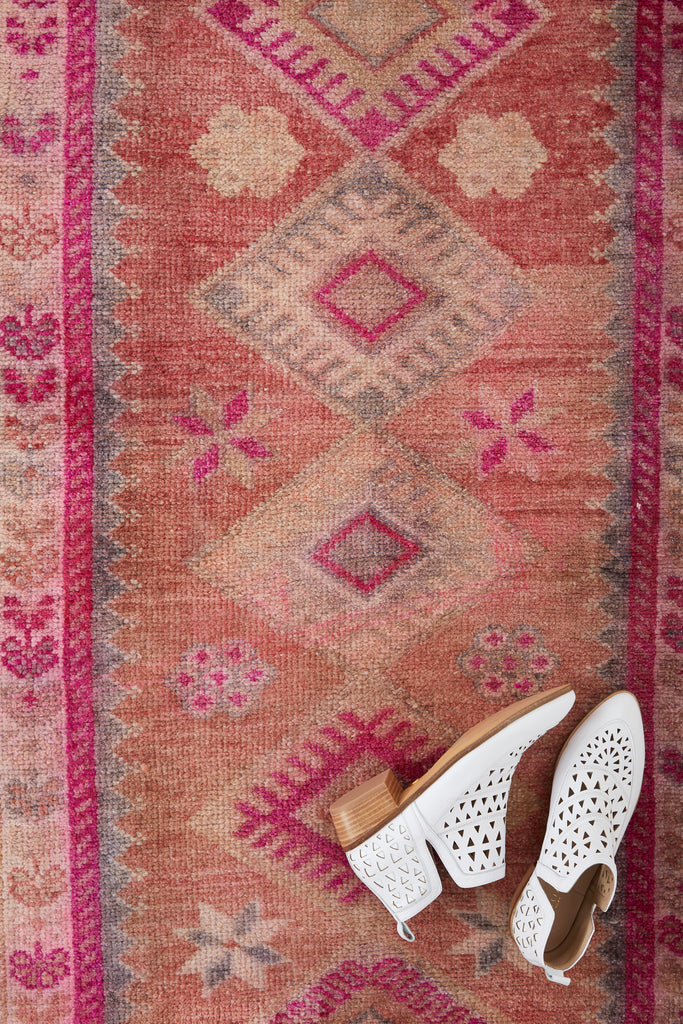 "'Rosa' Turkish Ombré Runner Rug - 2'8"" x 12'5"" - Canary Lane - Curated Textiles"