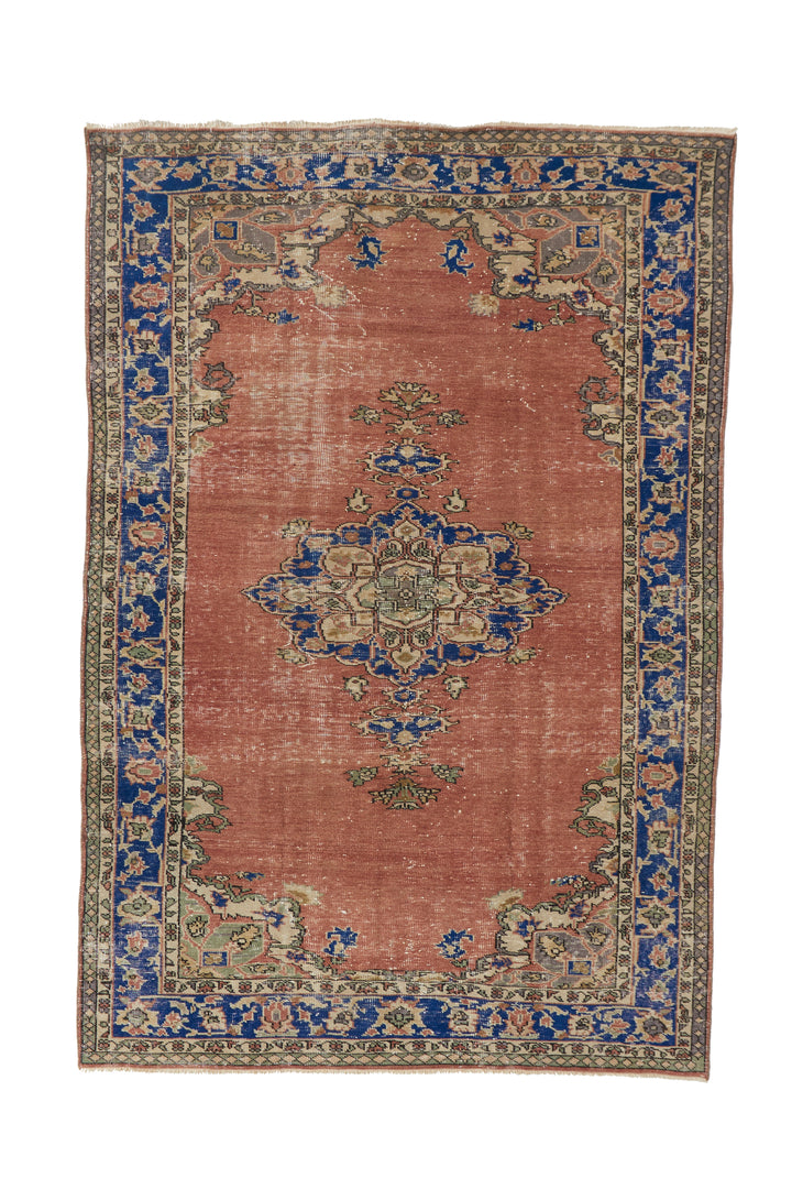 "'Millie' Turkish Vintage Area Rug - 5'9"" x 8'8"" - Canary Lane - Curated Textiles"