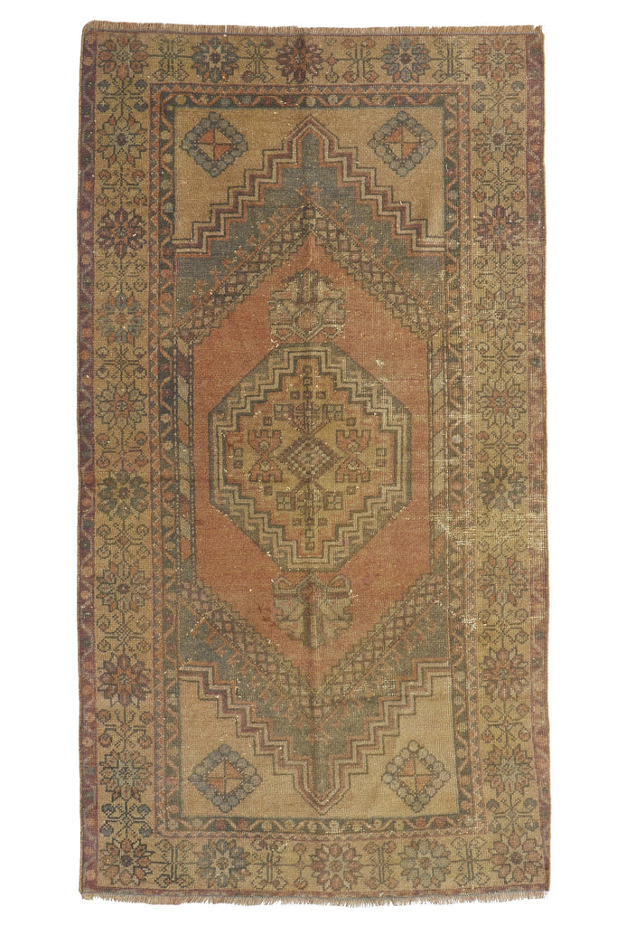 'Breezy' Distressed Vintage Oushak Area Rug - 3'6'' x 6'6'' - Canary Lane - Curated Textiles