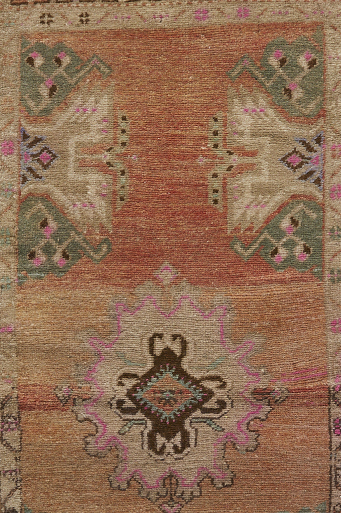 No. 655 Mini Rug- 1'7.5'' x 3'11'' - Canary Lane - Curated Textiles