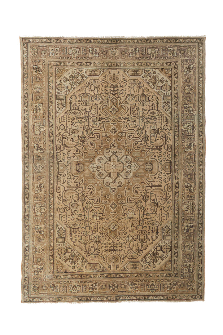 "'Lily' Vintage Persian Rug - 6'6"" x 9'4"" - Canary Lane - Curated Textiles"