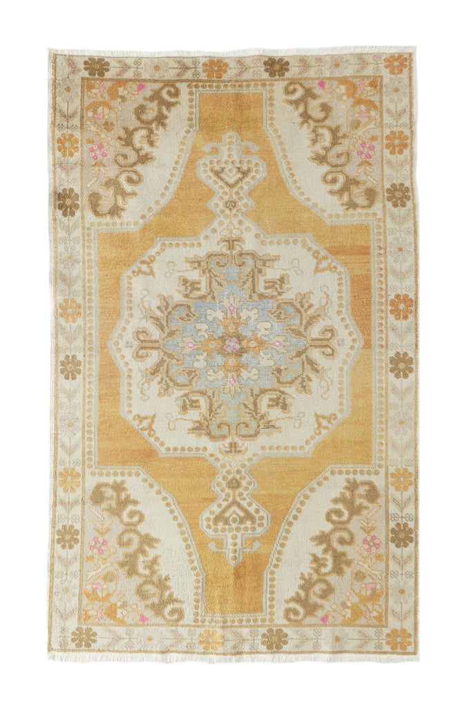 "'Daydream' Vintage Turkish Oushak Rug- 4'9"" x 7'10"" - Canary Lane - Curated Textiles"