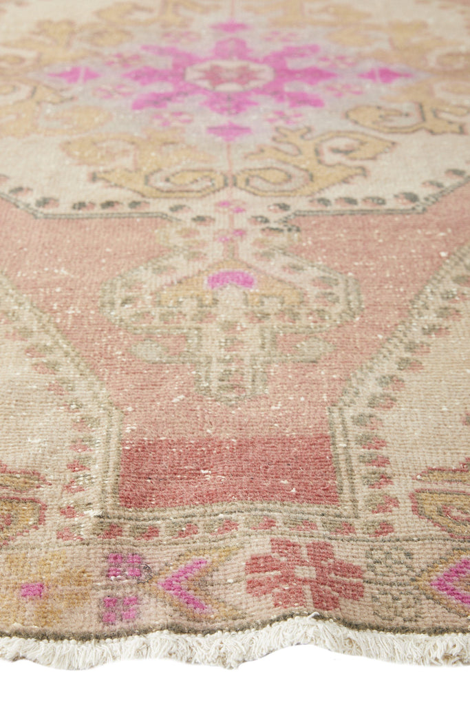 "'Starlight' Vintage Turkish  Rug - 4'5"" x 7'4"" - Canary Lane - Curated Textiles"