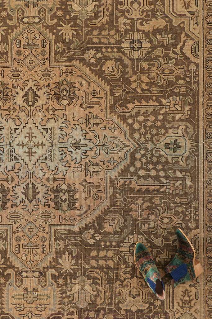 "'Terra' Vintage Persian Rug - 6'10"" x 9'8"" - Canary Lane - Curated Textiles"