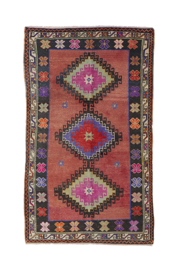 "'Gemini' Turkish Vintage Area Rug - 3'11"" x 6'8"" - Canary Lane - Curated Textiles"