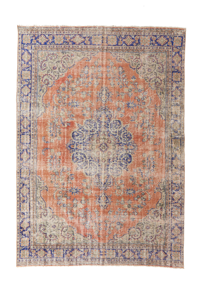 "'Sagittarius' Turkish Vintage Area Rug - 7'10"" x 11'2"" - Canary Lane - Curated Textiles"