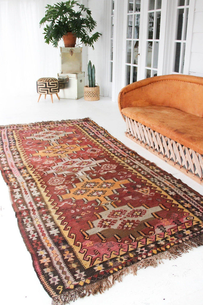 "'Eliode' Kilim Rug - 4'5"" x 10'7"" - Canary Lane - Curated Textiles"