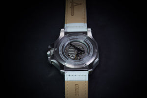 Achtung Turbo3/ Silver and White