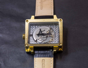 Achtung Timebox Yellow Gold