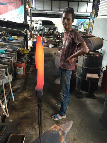 Hand Forged Knives, Knife Making with Thai Blacksmith