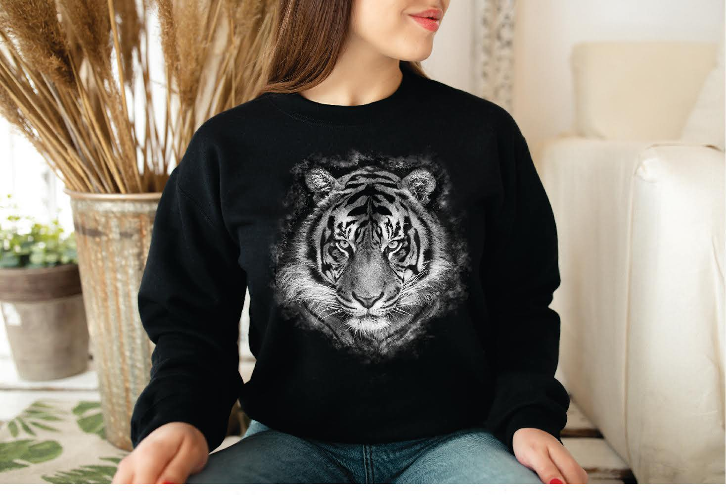 Tiger Sweatshirt - Absolute Paris Boutique