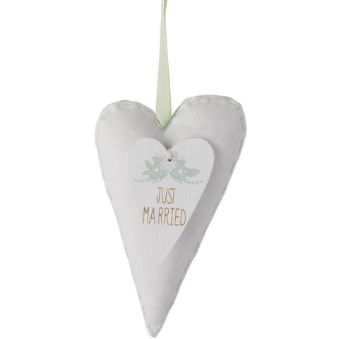 Just Married - Fabric Heart Sign - giftpunk.com
