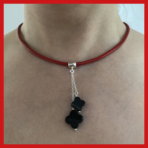 Droped Clover Shaped Black Onyx Necklace