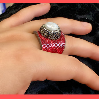 Keshi Pearl Red Leather Ring